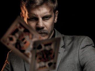 Tips för att kontrollera dina online poker utgifter