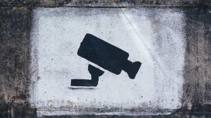 Är det dags att skaffa övervakningskamera?